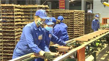 Nghị quyết 84: Tiếp tục tháo gỡ khó khăn cho sản xuất kinh doanh