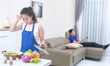 Giảm số giờ làm việc nội trợ không lương của nữ so với nam giới