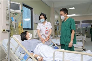 Yêu cầu củng cố cơ sở y tế sẵn sàng đáp ứng dịch cấp độ 4