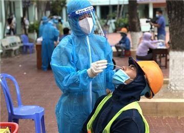 Ngày 28/10: Có 4.892 ca mắc Covid-19 tại TP HCM, Hà Nội và 15 tỉnh, thành