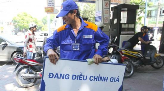 Giá xăng tiếp tục tăng từ 15h ngày 28/5/2020