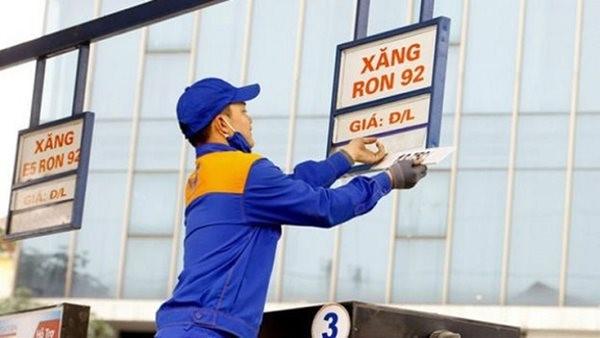 Giá xăng, dầu tiếp tục giảm từ 15h ngày 13/4/2020