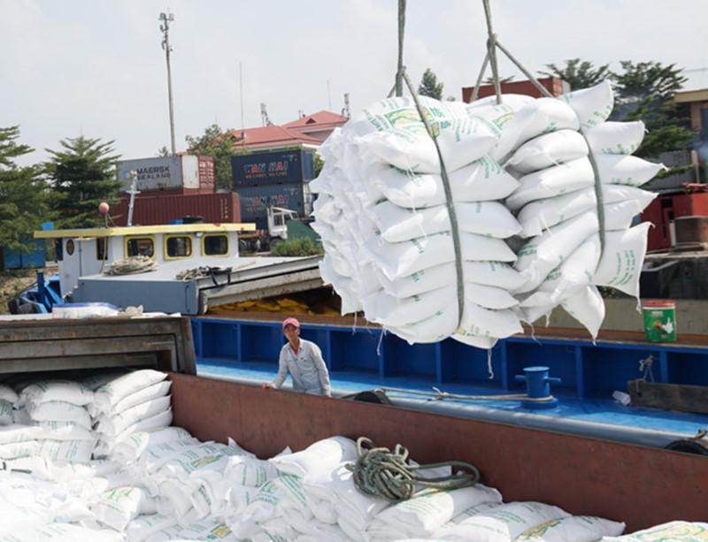 Đề nghị Bộ Công an xác minh thông tin tiêu cực trong xuất khẩu gạo