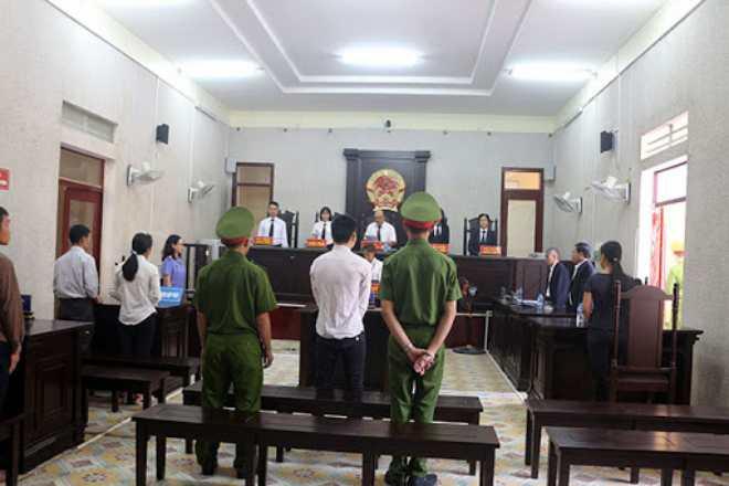 giám định viên được bố trí chỗ ngồi phù hợp tại tòa