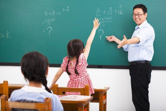 thuê giáo viên hợp đồng thay giáo viên nghỉ thai sản