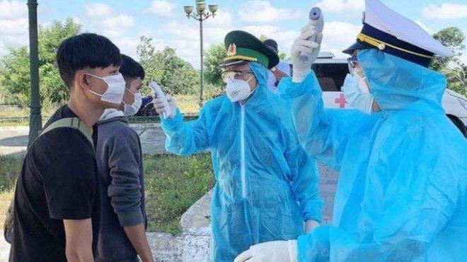 Cách ly ngay người nhập cảnh trái phép vào Việt Nam