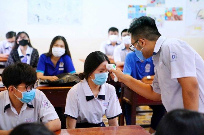 Thí sinh TP. Hồ Chí Minh phải đeo khẩu trang khi ở tại Điểm thi