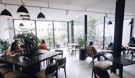 Hà Nội giãn cách xã hội tại nhà hàng, quán ăn, quán bia, cà phê