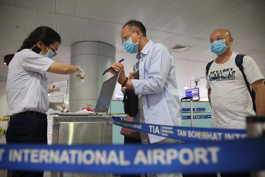 Không cách ly tập trung chuyên gia tới Việt Nam làm việc ngắn ngày