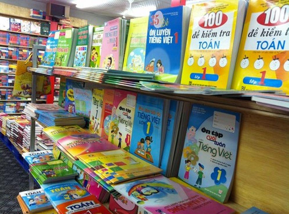 Bộ GDĐT: Tuyệt đối không ép học sinh mua sách tham khảo
