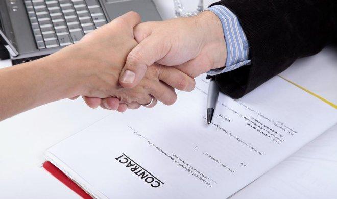 Không ký phụ lục để kéo dài thời hạn hợp đồng lao động từ 2021