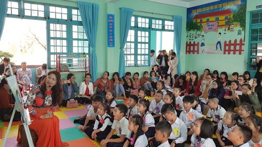 Mới: Giáo viên tiểu học không được phê bình học sinh trước lớp