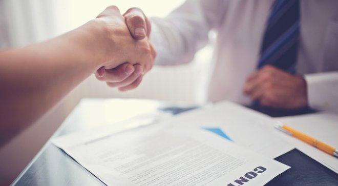 Viên chức có được ký hợp đồng lao động với công ty khác