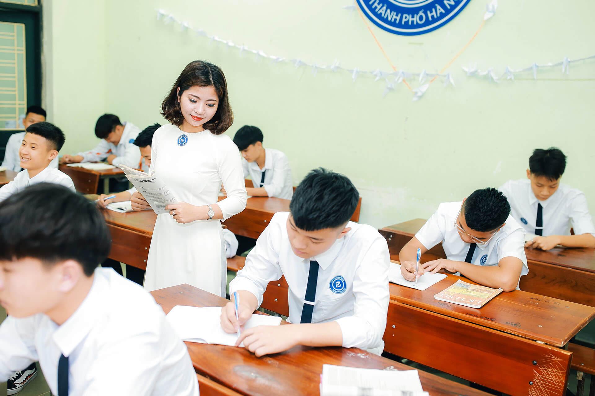 3 trường hợp giáo viên tập sự được hưởng 100% lương, phụ cấp