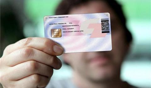 Ai phải đi đổi thẻ Căn cước công dân có gắn chip?