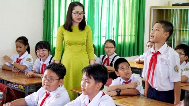 Điều kiện giáo viên TP. Hà Nội được ký hợp đồng lao động