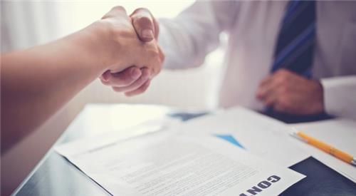 Viên chức có được ký hợp đồng lao động với công ty khác không?