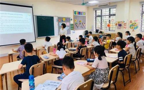 Năm 2025, 100% giáo viên tiếng Anh ở Hà Nội đạt chuẩn