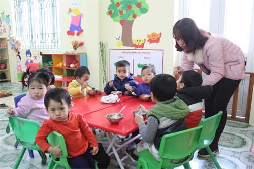 Cần điều kiện gì để mở lớp trông trẻ tại nhà?