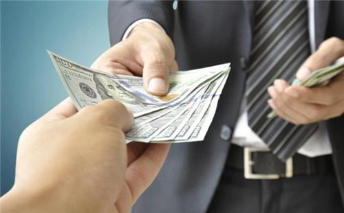 Những khoản tiền được nhận khi nghỉ việc năm 2021