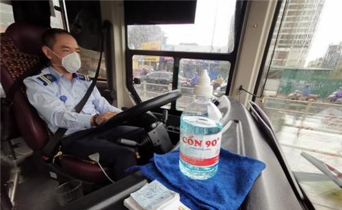 Hà Nội: Phải sắp xếp cho hành khách trên xe ngồi giãn cách 1 ghế