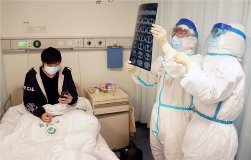 Hạn chế chuyển đến bệnh viện tuyến cuối để phòng Covid-19