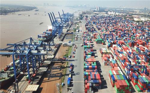 Từ 01/7/2021, TP. HCM chính thức thu phí hạ tầng cảng biển