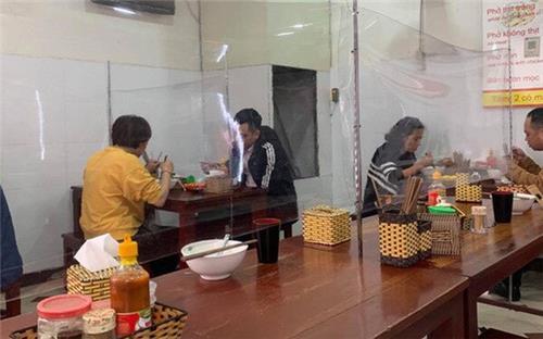Hà Nội: Hàng cắt tóc, quán ăn, uống mở cửa trở lại từ ngày mai