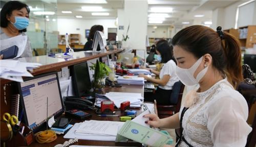 Viên chức nghỉ việc không lương tối đa bao nhiêu ngày?