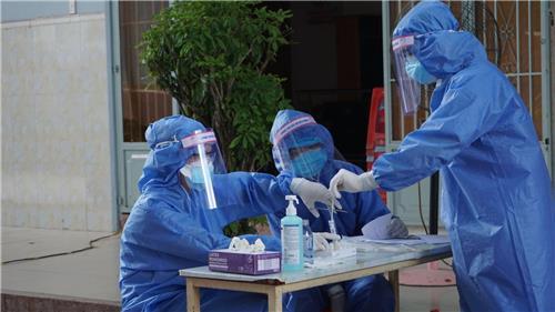 Số bệnh nhân Covid-19 ghi nhận tại Việt Nam vượt mốc 101.000 ca