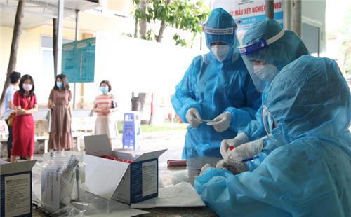 Thêm 3.198 ca nhiễm Covid-19 trong nước, 976 ca cộng đồng
