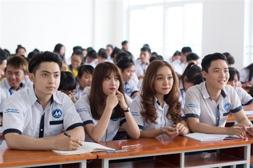 Bộ GDĐT yêu cầu không tăng học phí năm học 2021 - 2022