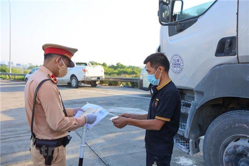 Hà Nội: Không để người chưa xét nghiệm Covid-19 lái xe chở hàng