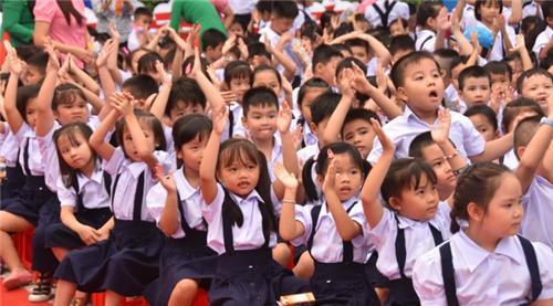 Học sinh cả nước tựu trường năm học mới vào ngày 01/9/2021